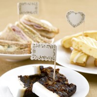 Vintage Romance - Food Flags- Ivory/Gold 20ct